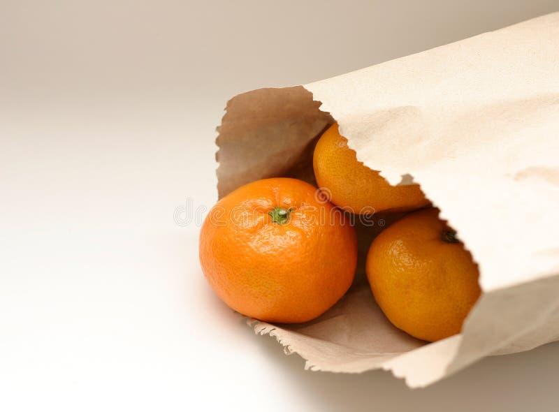 Mandarine dans le sac image stock