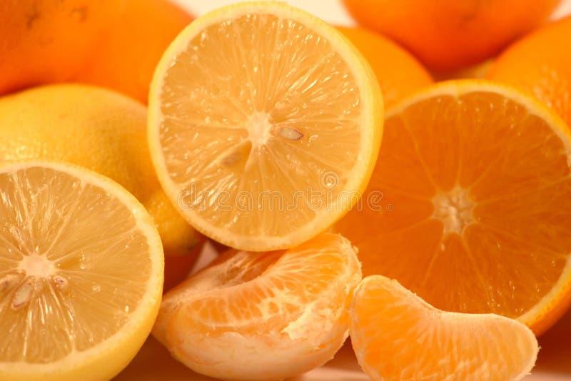 Mandarini, limoni ed aranci fotografia stock