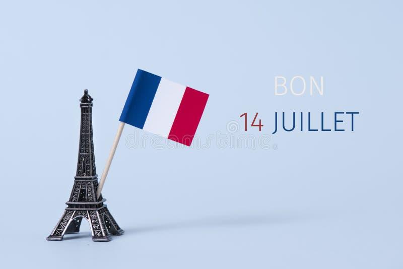 Mande un SMS al juillet del bon 14, 14 de julio feliz en francés imagenes de archivo