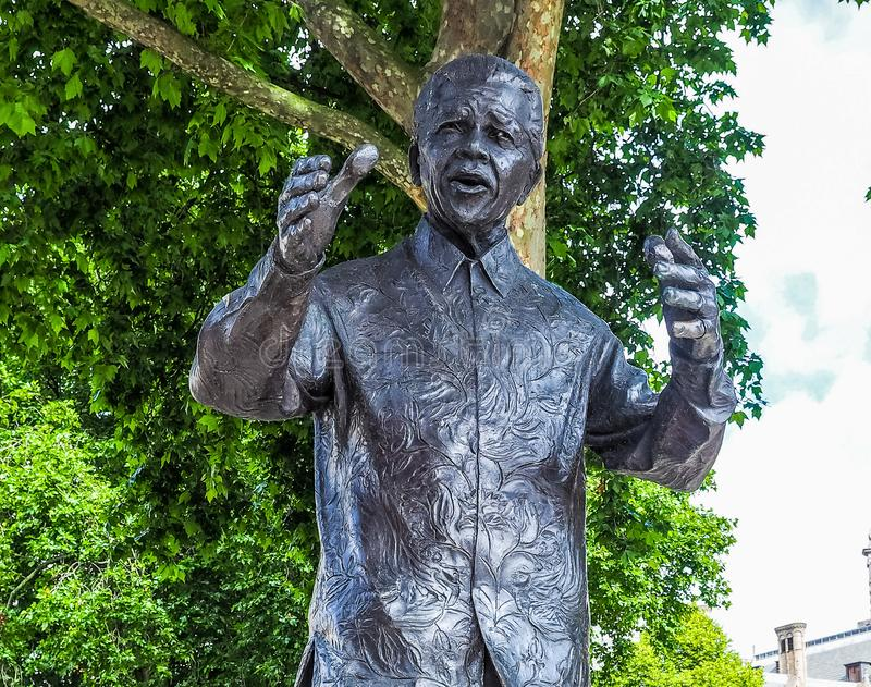 Mandela-Statue in London (hdr) stockfoto