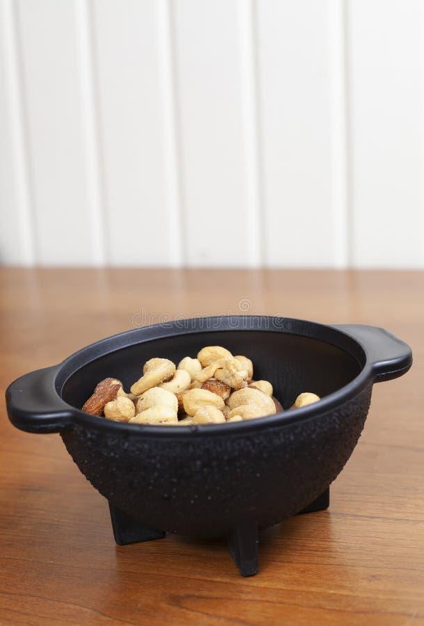 Mandeln, Acajoubäume und Erdnüsse lizenzfreie stockbilder