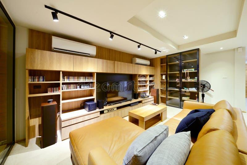 Mandi in aria l'interno di stile e la decorazione viventi moderni di lusso, interio fotografia stock