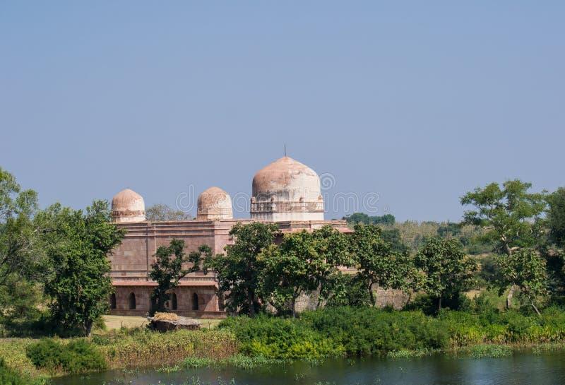 Mandu eller Mandav historisk slott royaltyfri foto