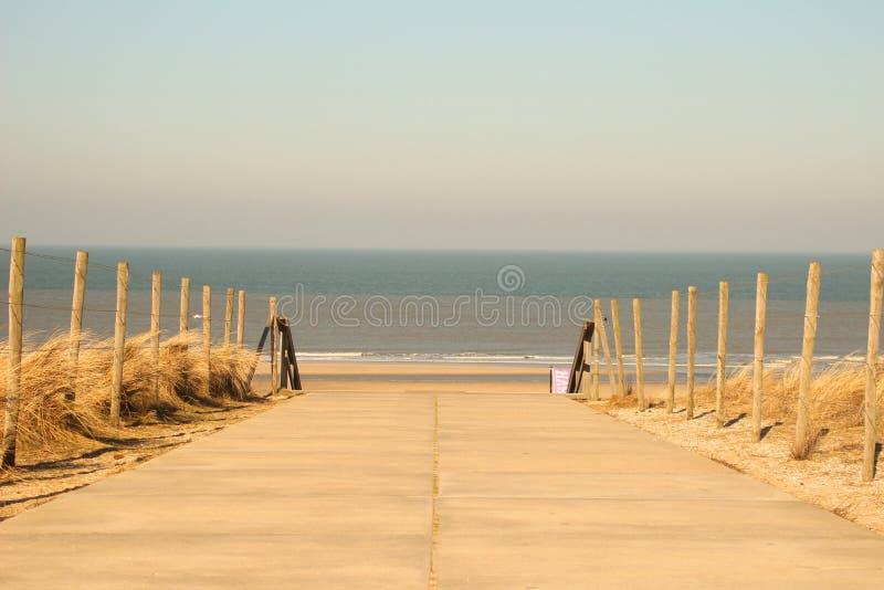 A maneira à praia fotografia de stock royalty free