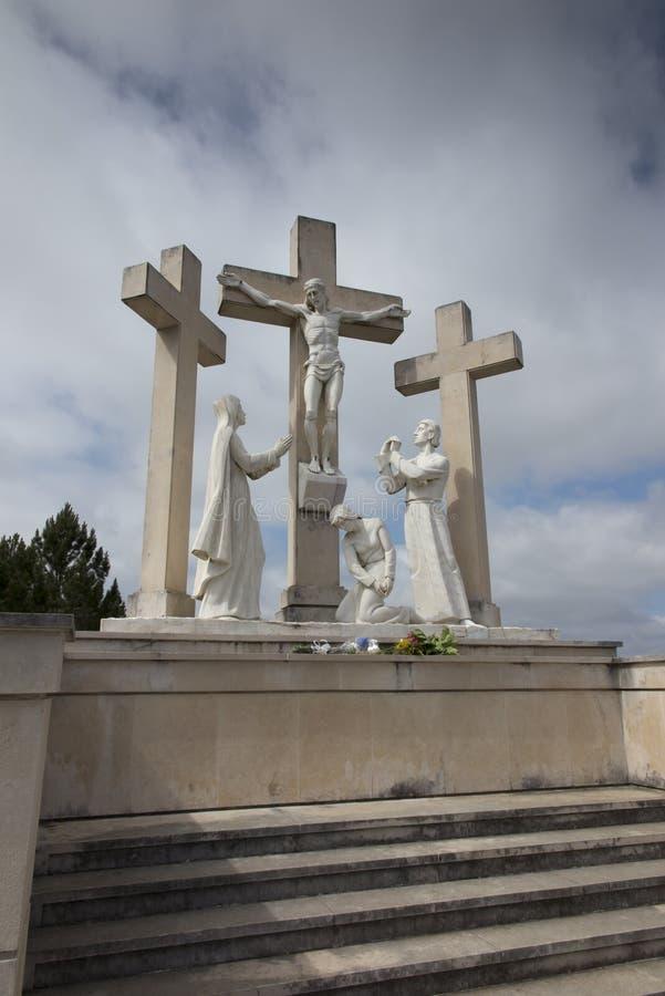 A maneira da cruz na maneira de Fatima a Aljustrel foto de stock