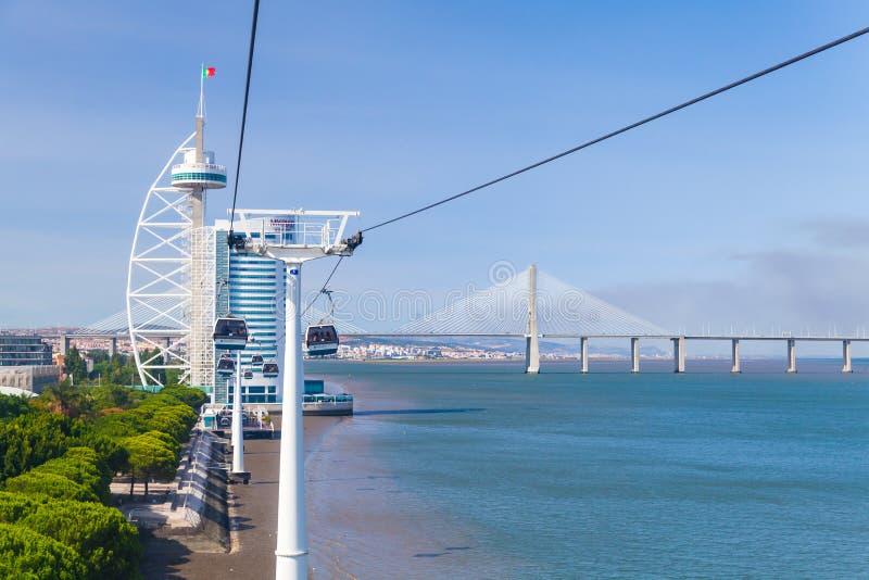 Maneira de cabo litoral em Lisboa, Portugal imagens de stock royalty free
