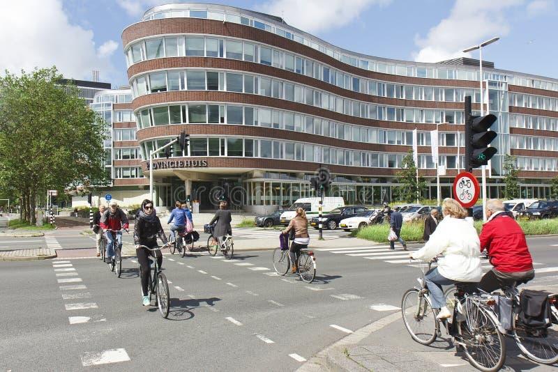 Manera de vida holandesa: Ciclo imagenes de archivo