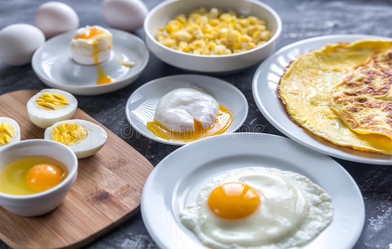 Maneras diferentes de cocinar los huevos imagen de archivo for Formas de cocinar huevo
