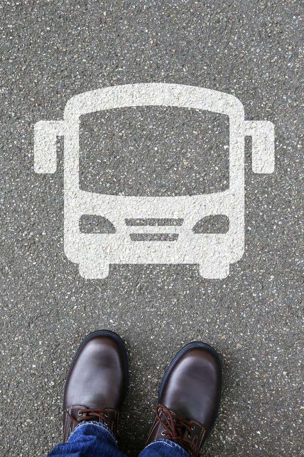 Manfolket bussar rörlighet för stad för trafik för lagledaregataväg royaltyfria foton