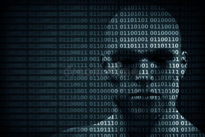 Manframsida som blandas med siffror för binär kod Begrepp av en hacker, dataskydd etc. stock illustrationer