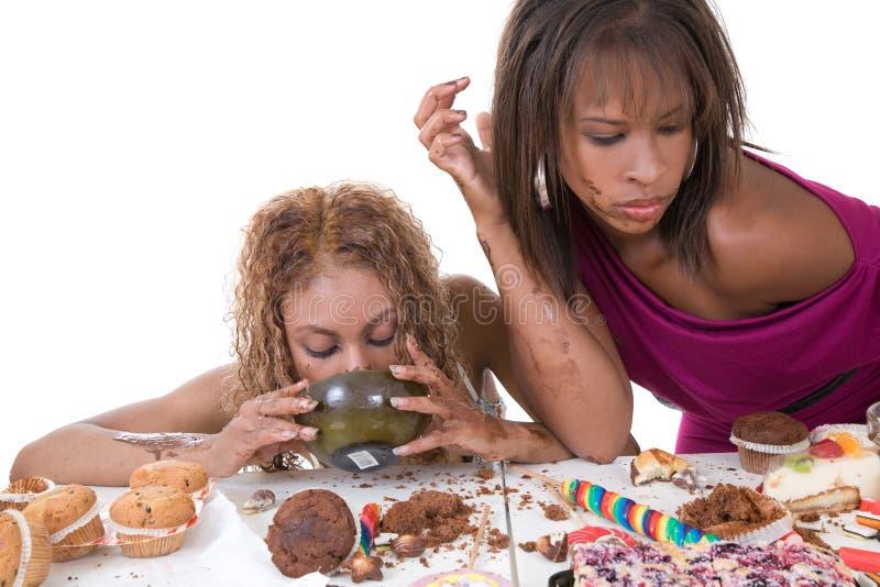Manger avec excès photographie stock