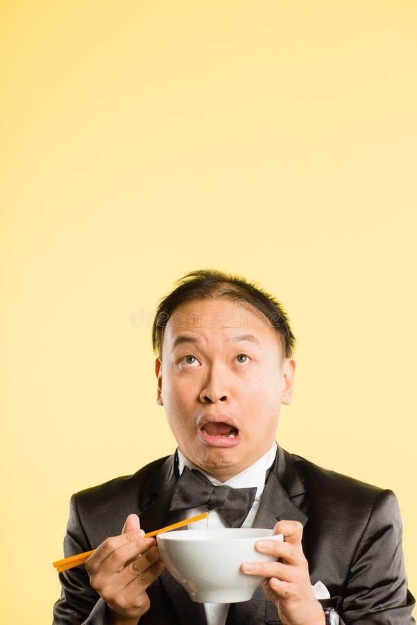 Fond élevé de jaune de définition d'homme personnes drôles de portrait de vraies photographie stock