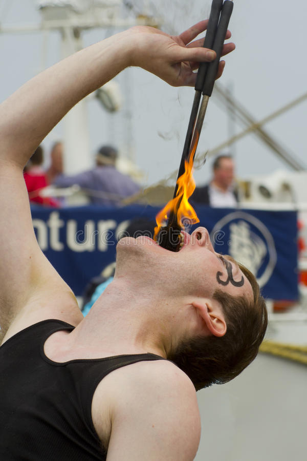 Mangiatore di fuoco fotografia stock libera da diritti
