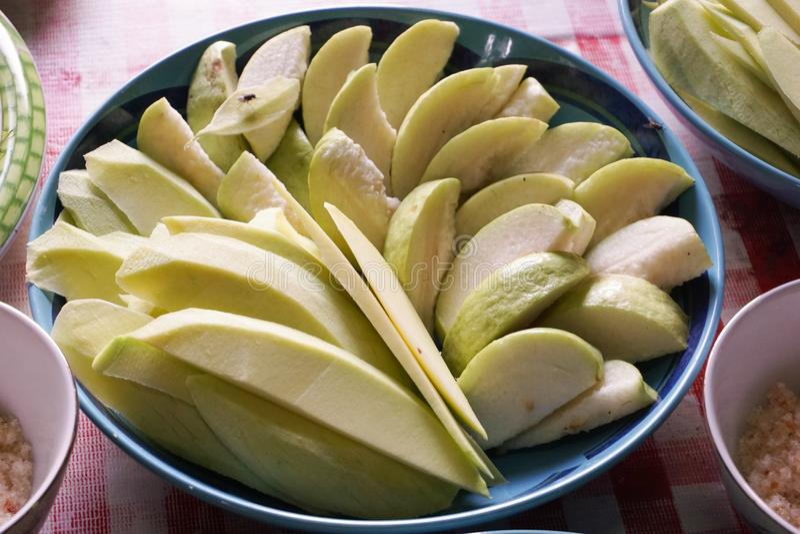 Mango en guavefruit royalty-vrije stock afbeeldingen