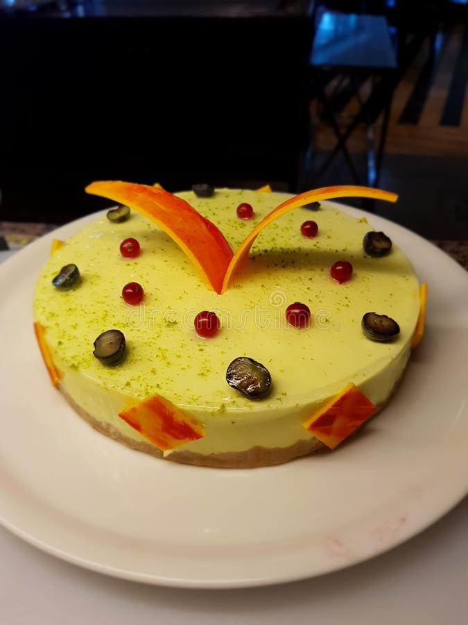 Mango musse cake royalty-vrije stock afbeelding