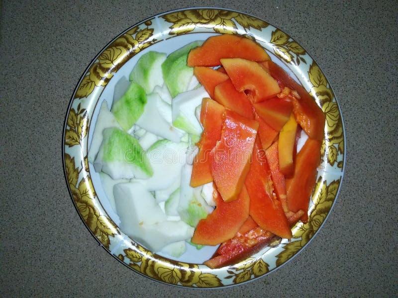 mango och papaya arkivbild