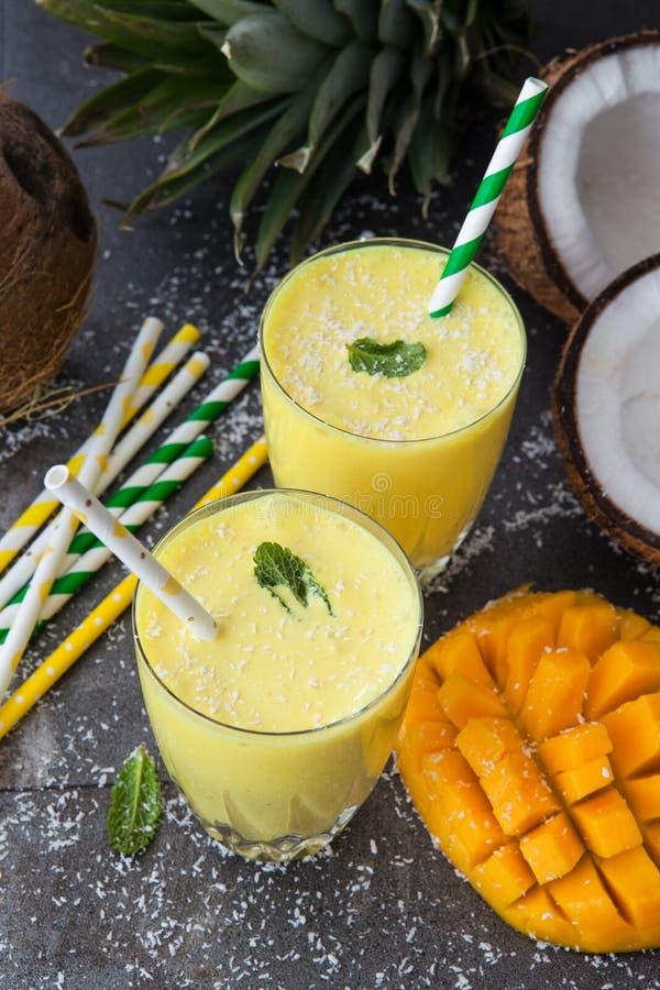 Mango Smoothie/Lassi stock afbeelding