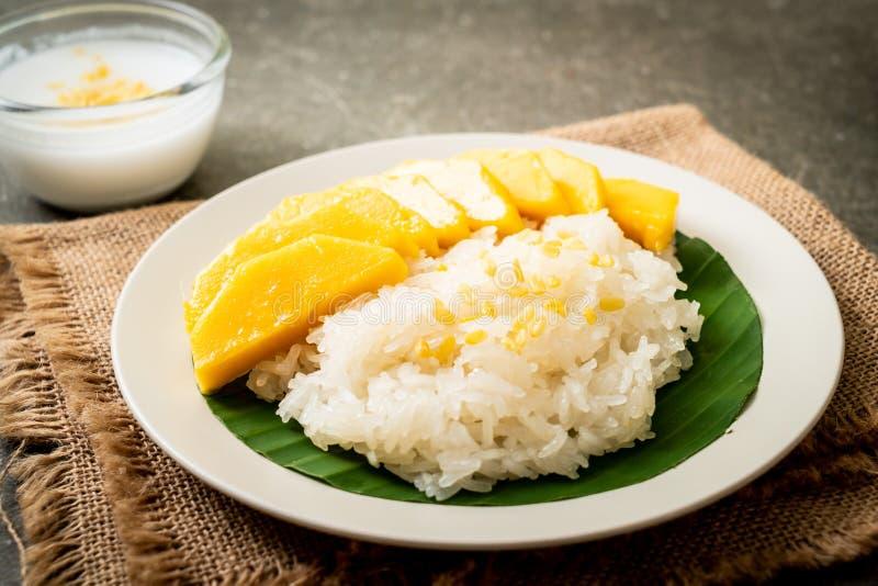 mango with sticky rice royalty free stock photos