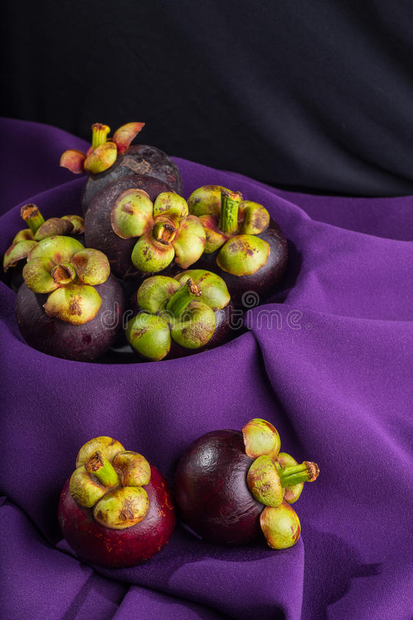 Mangostan, Koningin van vruchten stock fotografie