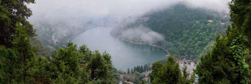 Mangowy jezioro, Nainital zdjęcie stock