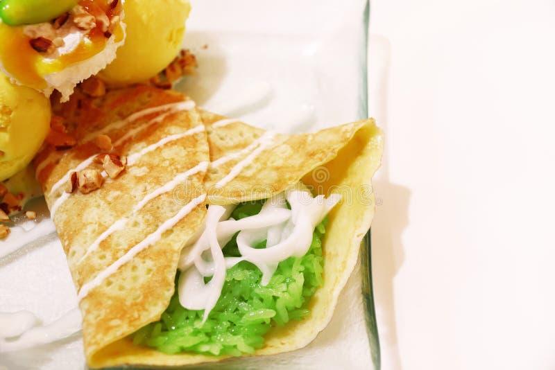 mangowy lody crape z kleistymi ryż zdjęcia stock