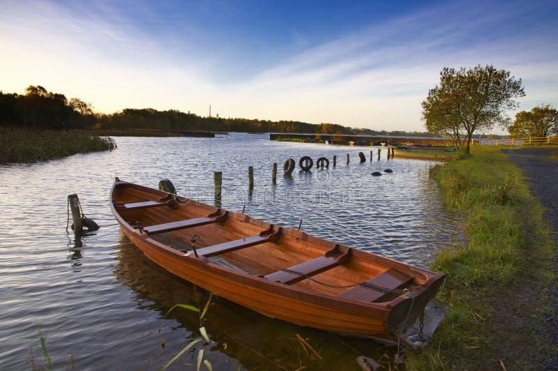 Manhã de outubro no Lough Ennell fotografia de stock