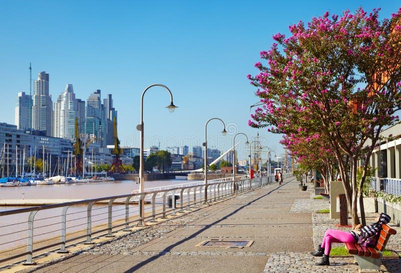 Manhã em Puerto Madero, Buenos Aires foto de stock royalty free