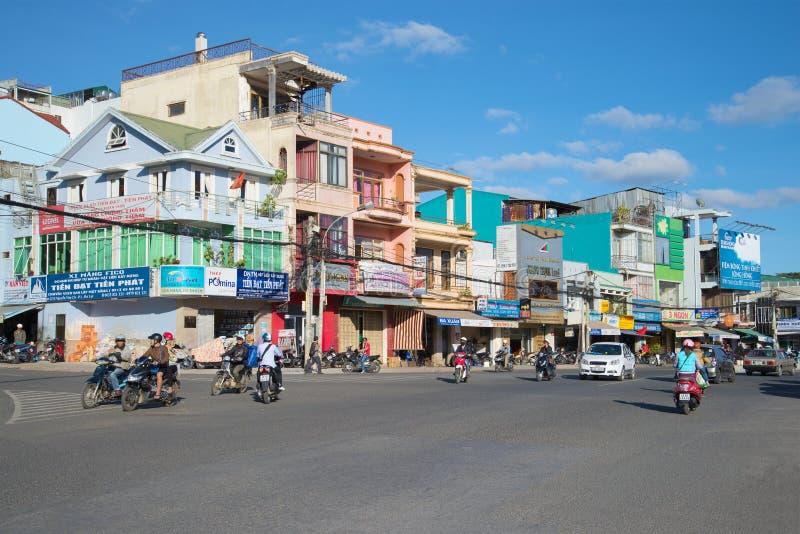 Manhã nas ruas de Dalat vietnam fotografia de stock