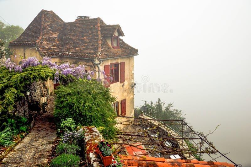 Manhã nevoenta em França imagens de stock royalty free