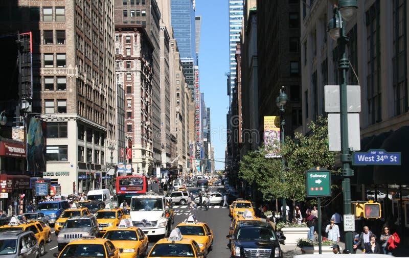 Download Manhattan editorial stock image. Image of yellow, scenery - 20068224