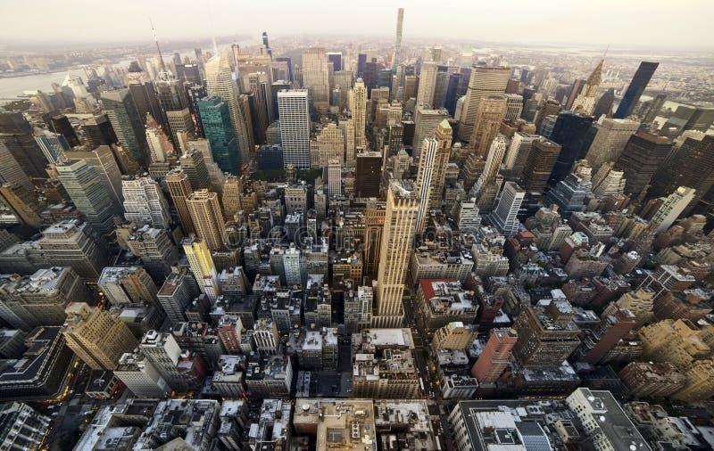 Manhattan acima da opinião da cidade imagens de stock