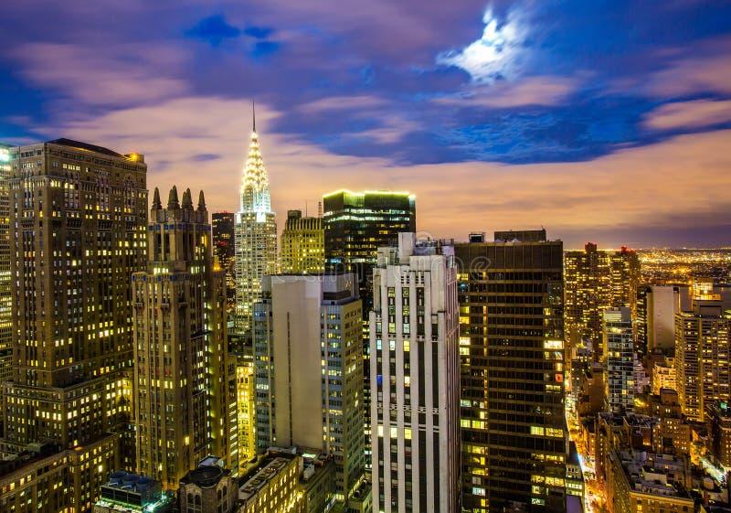 Manhattan au coucher du soleil étonnant photographie stock libre de droits