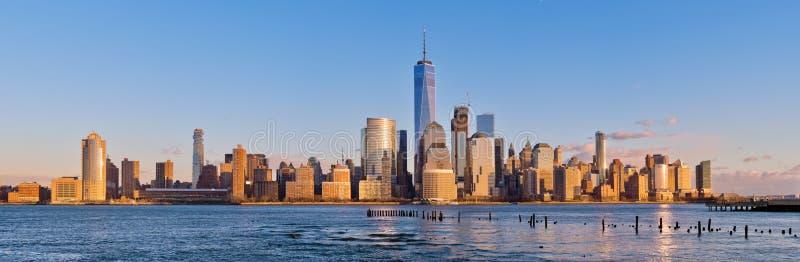 Manhattan bij zonsondergang, de Stad van New York, de V.S. stock afbeeldingen