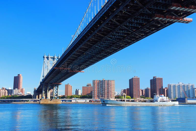 Download Manhattan Bridge stock photo. Image of urban, apartment - 16508770