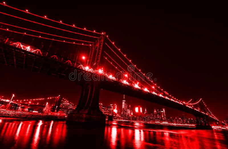 Manhattan bridge noc obrazy royalty free