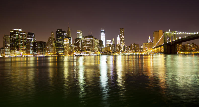 Download Manhattan Bridge And Skyline Stock Image - Image: 26672787