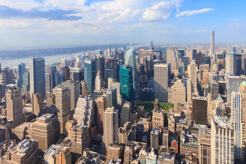 Download Manhattan Como Visto Do Empire State Building Foto de Stock Editorial - Imagem de clear, império: 107529583