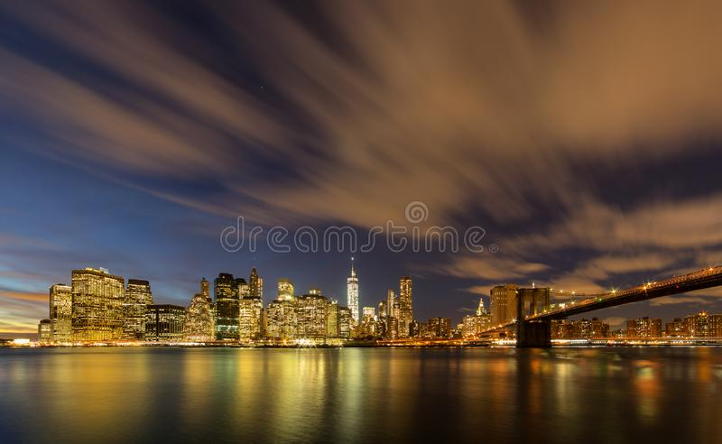 Manhattan do parque da ponte de Brooklyn foto de stock royalty free