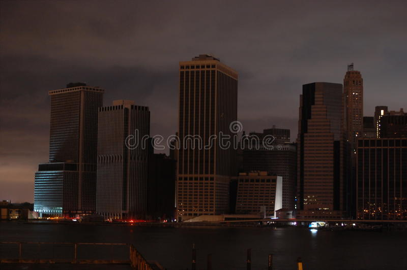 Manhattan escuro fotografia de stock royalty free