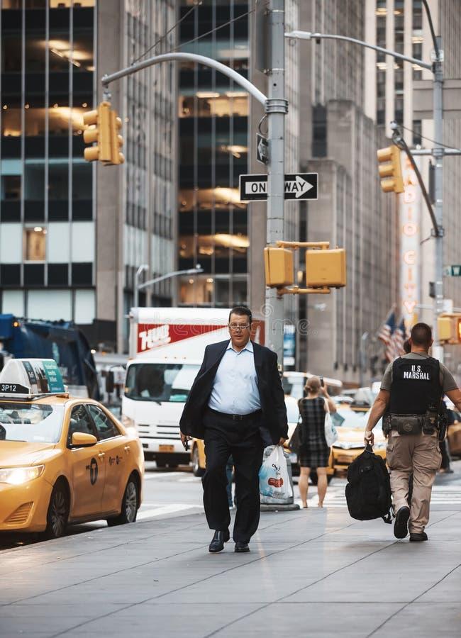 Download Manhattan gataplats redaktionell fotografering för bildbyråer. Bild av modernt - 78730374