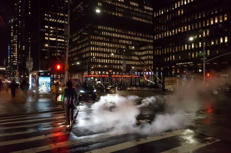 Manhattan gataplats på natten arkivbild
