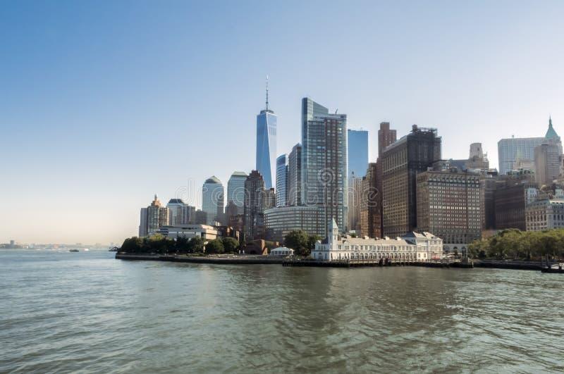 Manhattan horisont, 30th av Juli 2017 - Brooklyn, New York, NY royaltyfri fotografi