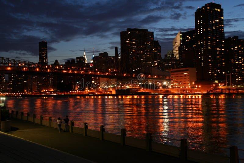 Manhattan-Leuchten lizenzfreie stockbilder