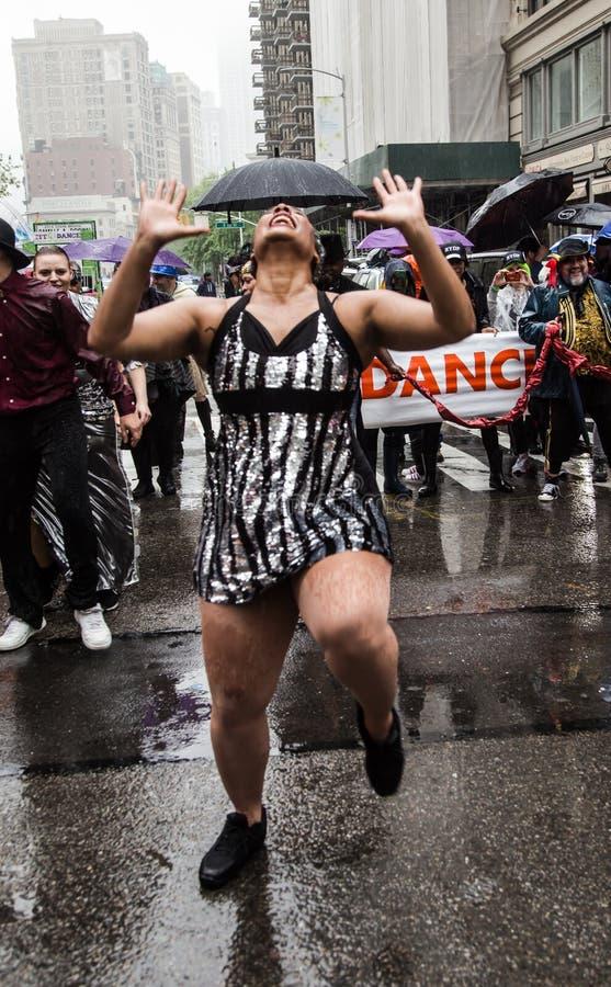Manhattan New York City, Maj 19, 2018 - den årliga New York dansen ståtar royaltyfria foton