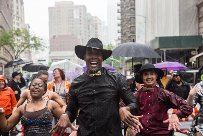 Manhattan New York City, Maj 19, 2018 - den årliga New York dansen ståtar royaltyfria bilder