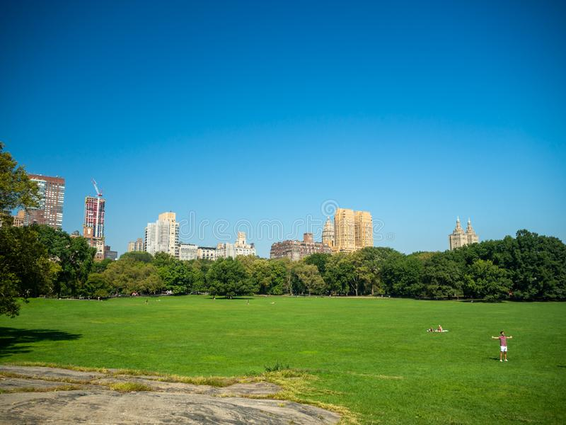 Manhattan, New York City, United States : [ Central park, midtown Manhattan, Bethesda mall fountain panorama ].  stock images