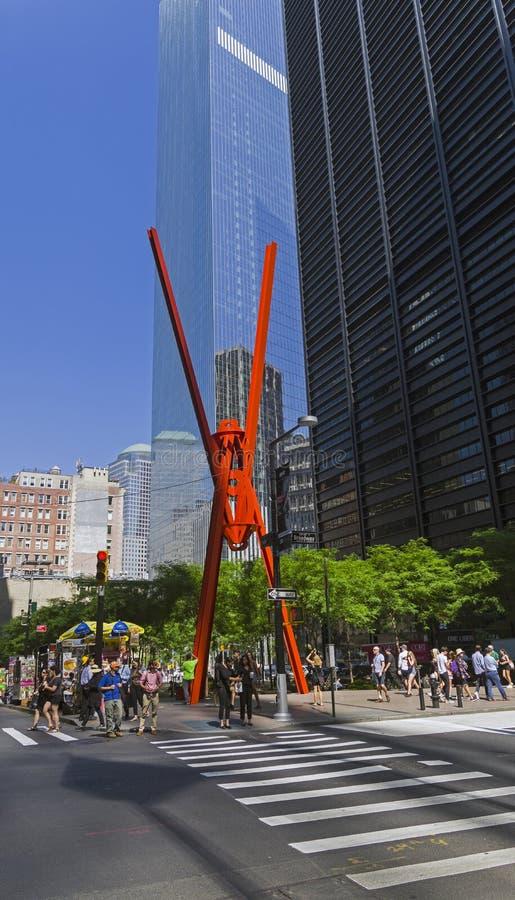 Manhattan, New York Scolpisca la gioia del ` del ` Joie de Vivre del ` e di Lif nel parco di Zucotti immagini stock libere da diritti