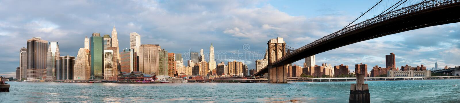 Download Manhattan Over The River - Early Morninig Stock Image - Image: 33708033