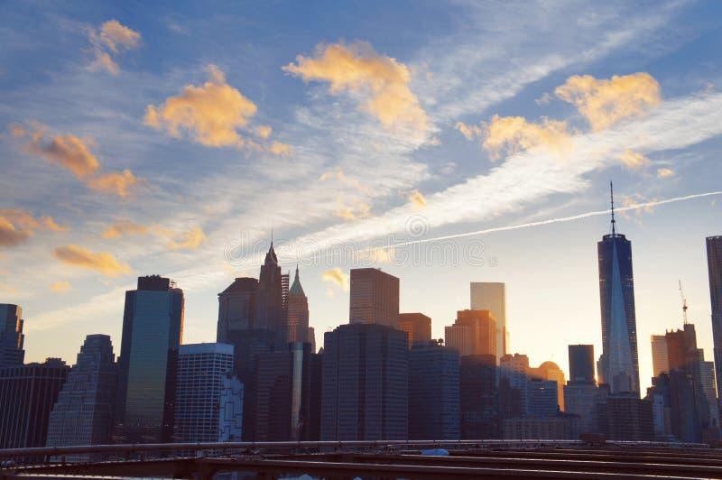 Download Manhattan Panorama Na Lato Zmierzchu W Miasto Nowy Jork Zdjęcie Stock - Obraz złożonej z wolność, śródmieście: 57666366