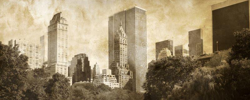 Download Manhattan Panoramic On Grunge Stock Image - Image: 15939045
